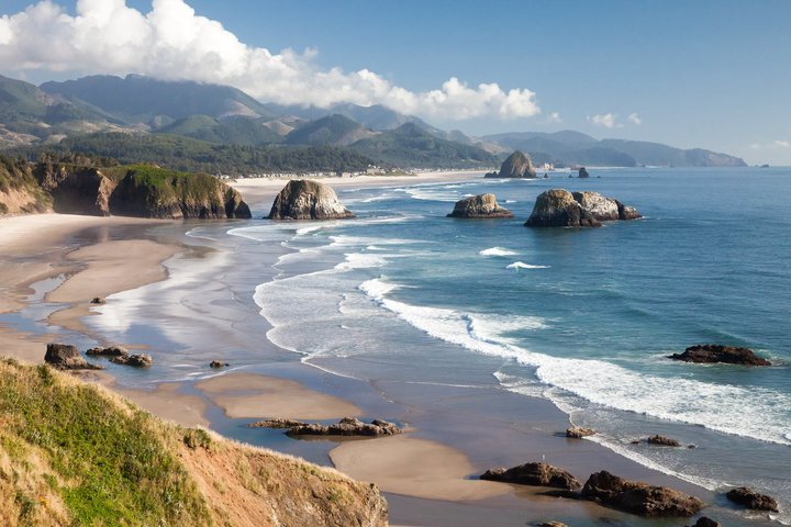 Lodging specials things to do in cannon beach sponsors
